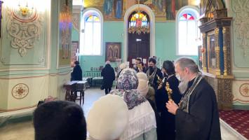 Начало Великого поста наприходе Успенского кафедрального собора